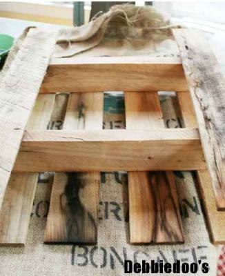 Construisez votre étagère avec une palette