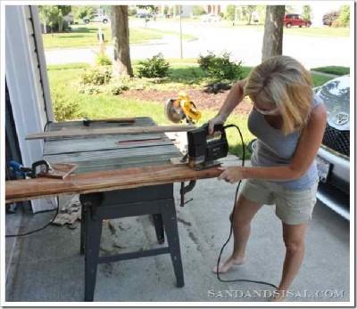 Décorez votre maison avec une planche de surf faite avec des palettes4
