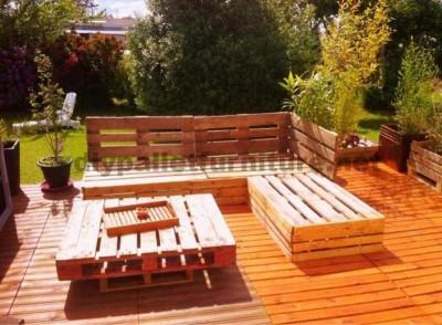 Garden Lounge mit Paletten 3