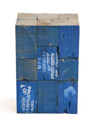 Tabourets faits à partir de blocs de bois de palettes 2 316x400 Tabourets faits à partir de blocs de bois de palettes