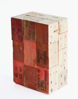 Tabourets faits à partir de blocs de bois de palettes 4