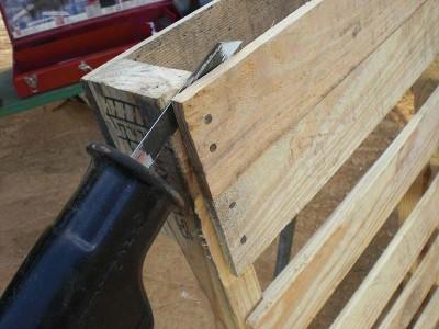 Comment faire un hamac avec des palettes guide tape par tapemeuble en palet - Fabriquer support velo ...