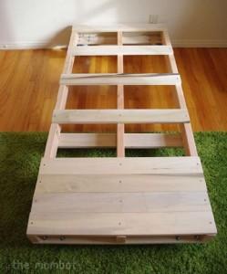 Construire un lit pour vos enfants avec des palettes 3