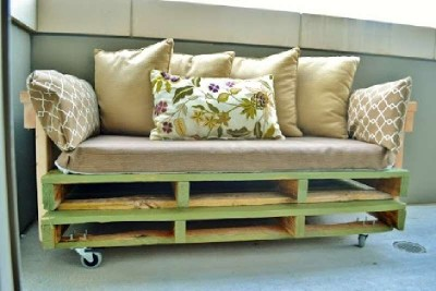 A pallet sofa plans and instructions to build it