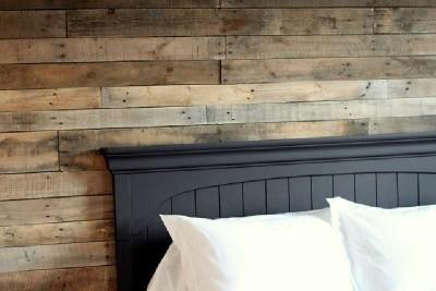Chambre couché avec palettes planches4