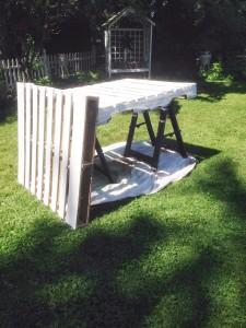 Construire un bar avec 2 palettes pour votre jardin