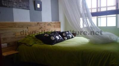 Tête de lit fait avec palettes planches 3