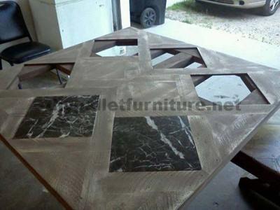 Tables créées avec des morceaux de palettes1