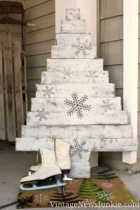12 idées pour concevoir un arbre de Noël avec des palettes