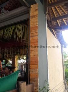 Barre de Surfer à Bali recouverte d'palettes planches3