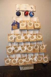 Calendrier de l'Avent avec des palettes pour Noël5