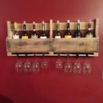 Construire un casier à vin en palettes pour le mur