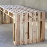 Construire une grande table en utilisant seulement 4 palettes