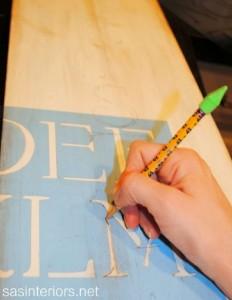 Décorez votre maison pour Noël à l'aide d'une planche d'une palette 2