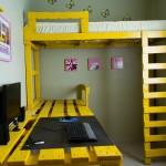 Gagner de l'espace dans votre chambre avec cette solution lit mezzanine avec des palettes