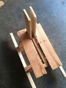Palette cheval à bascule en bois pour les enfants2