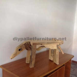 Sculptures d'animaux à l'aide de palettes restes2