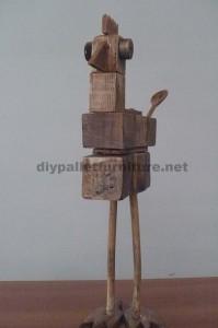 Sculptures d'oiseaux réalisés avec des blocs de palettes et planches2
