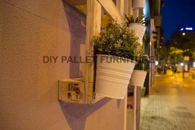 Un planteur de palette pour décorer l'entrée de votre maison3