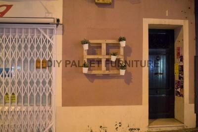 Un planteur de palette pour décorer l'entrée de votre maison4