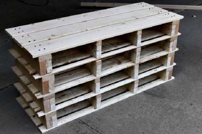 Étape par étape les instructions pour construire une étagère à chaussures utilisant des palettes18