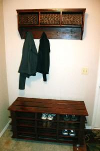 Étape par étape les instructions pour construire une étagère à chaussures utilisant des palettes20
