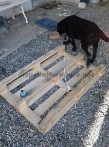 Étape par étape les instructions pour construire une table de salon avec palettes1