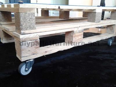 Étape par étape les instructions pour construire une table de salon avec palettes4