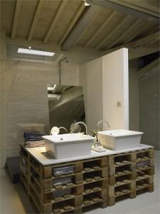 10 bonnes idées pour décorer votre salle de bains avec palettes2