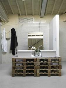 10 bonnes idées pour décorer votre salle de bains avec palettes3