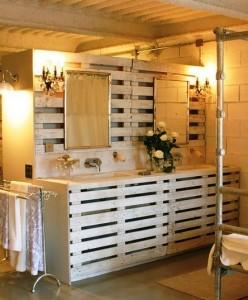 10 bonnes idées pour décorer votre salle de bains avec palettes5