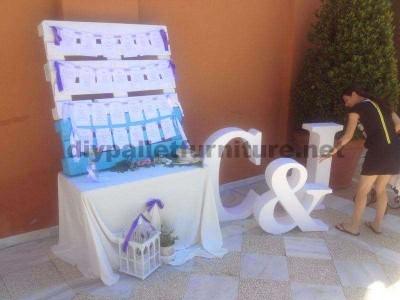 13 mariage idées de décoration à l'aide des palettes10