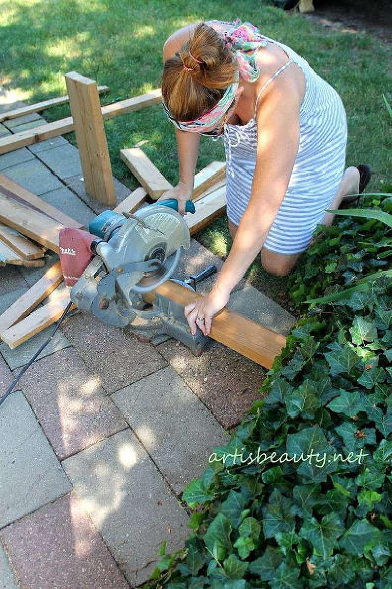 Comment construire une petite table vintage pour le jardin - Construire une table en bois ...