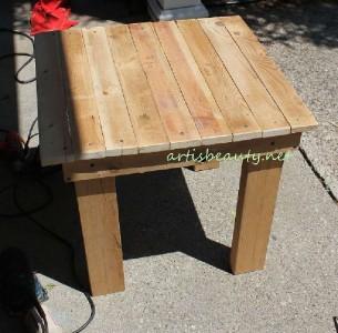 Comment construire une petite table vintage pour le jardin - Construire une table de jardin ...