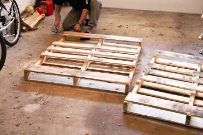 Comment construire une tête de lit de palettes pour un lit pour enfants2