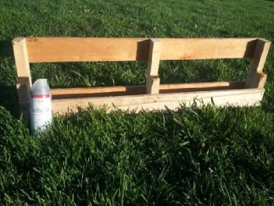 Construire 2 planteurs pour une clôture à l'aide d'une palette5
