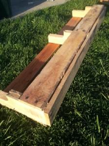 Construire 2 planteurs pour une clôture à l'aide d'une palette6