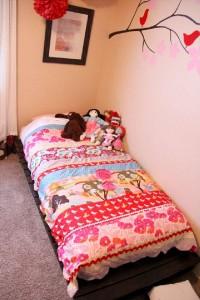 Construire un petit lit pour les enfants avec seulement deux palettes1