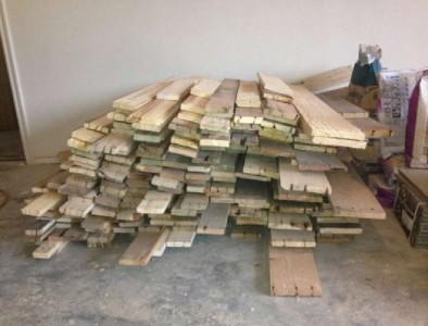 Instructions pour paver le sol de votre maison avec des planches de palettes2