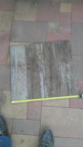 Instructions sur la façon de construire une table de chevet avec des palettes 4