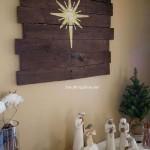 Instructions sur la façon de faire une murale en bois de Noël avec palettes