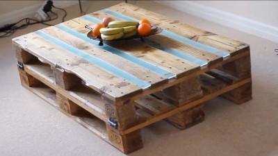 Vidéo des instructions sur la façon de faire une table avec deux palettes7