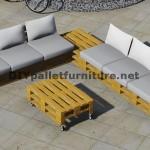 Conception de canapé d'angle avec table construit en utilisant les palettes