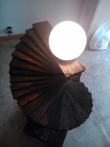 Lampadaire étonnante faite avec palettes 1