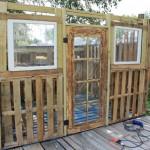 Projet de cabane de palettes: Les portes et fenêtres