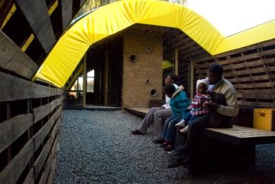 Slumtube pallet house en Afrique du Sud 2