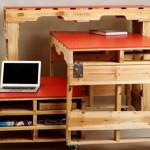 Trois tables de palettes pour les chambres avec un espace limité
