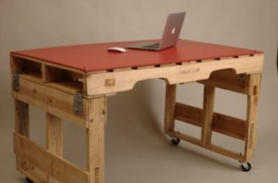 Trois tables de palettes pour les chambres avec un espace limité 3