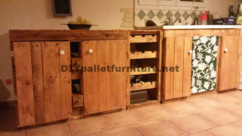 Cuisine enti rement quip e avec palettesmeuble en palette meuble en palette - Meuble cuisine palette ...