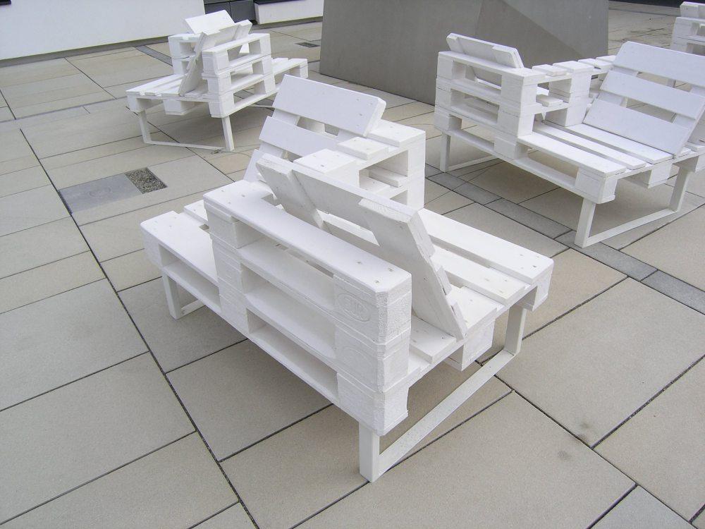 Guide pour construire un si ge double utilisant des - Construire un meuble en palette ...